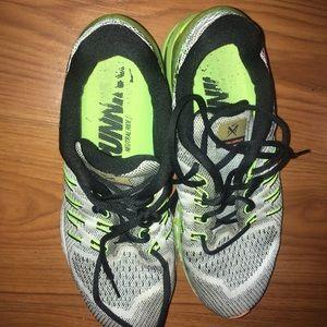 Nike Shoes - Nike running shoes unisex size 12